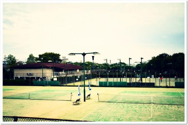 2018年10月より営業。小畑川中央公園テニススクール