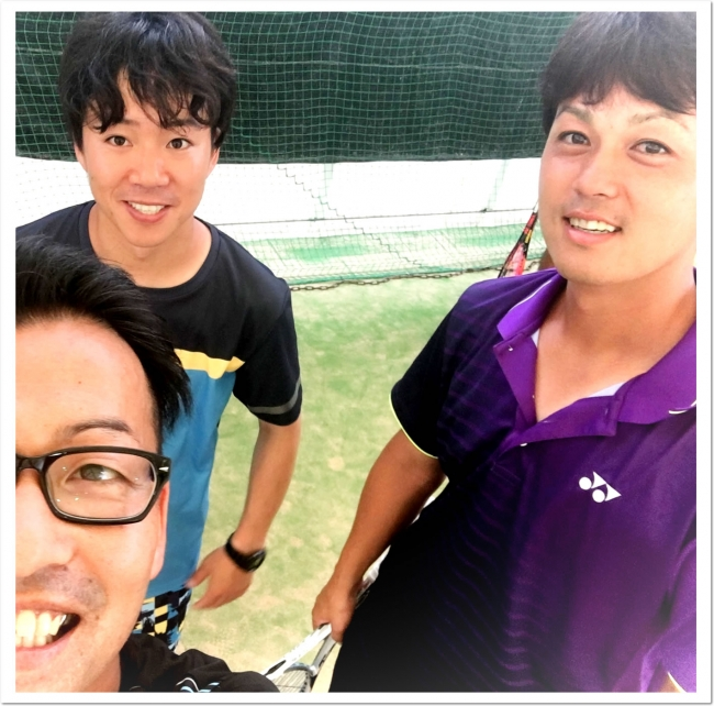 YONEX柴田選手、花田コーチありがとうございました。(セルフィー写真はITC真砂コーチ(左))