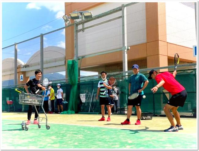 YONEX 米澤 要 選手と 塩田 顕 選手がスカイコート リラテニスクラブで豪華共演!