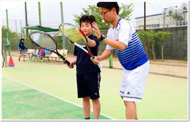 中学からはじめるのに最適。全国で人気のソフトテニス。
