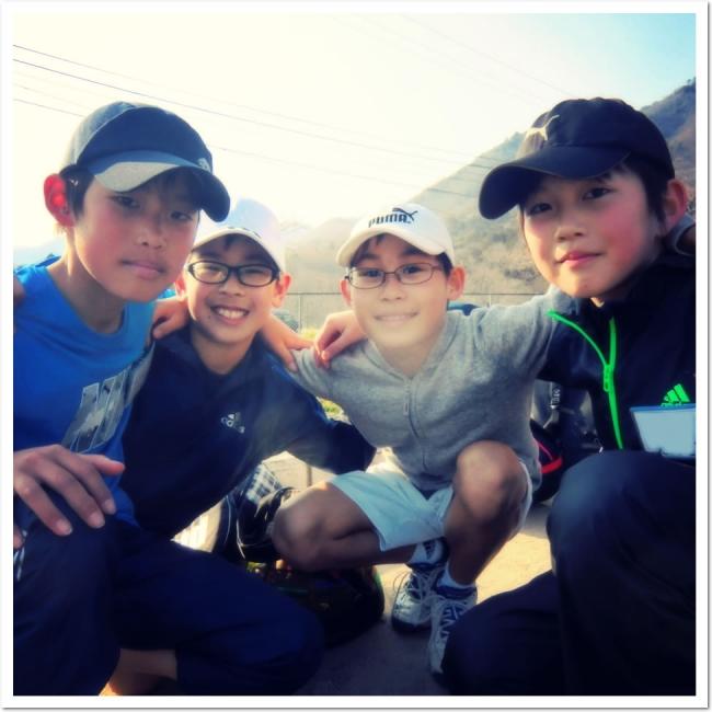 テニスを通じたお子様の「健全な心と身体の育成」 ITCジュニアクラブ