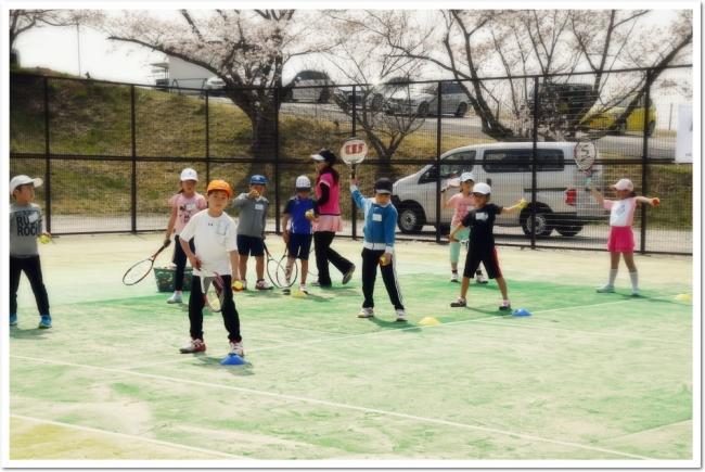 わくわくと緊張のテニスキャンプが今年もいよいよスタート!