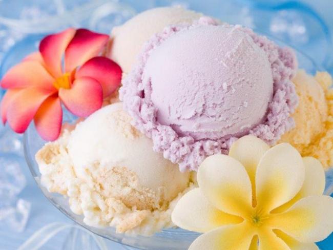 〈ブルーシール〉紅いもアイスクリーム