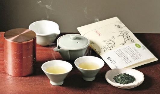 鳥獣戯画茶筒、茶器、お茶