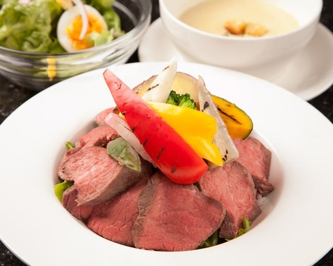 渋谷で朝まで時間無制限飲み放題!食べ放題を楽しめる!豪華な料理も食べ放題、更に飲み放題で楽しめる!渋谷、相席ラグジュアリーラウンジミラス!