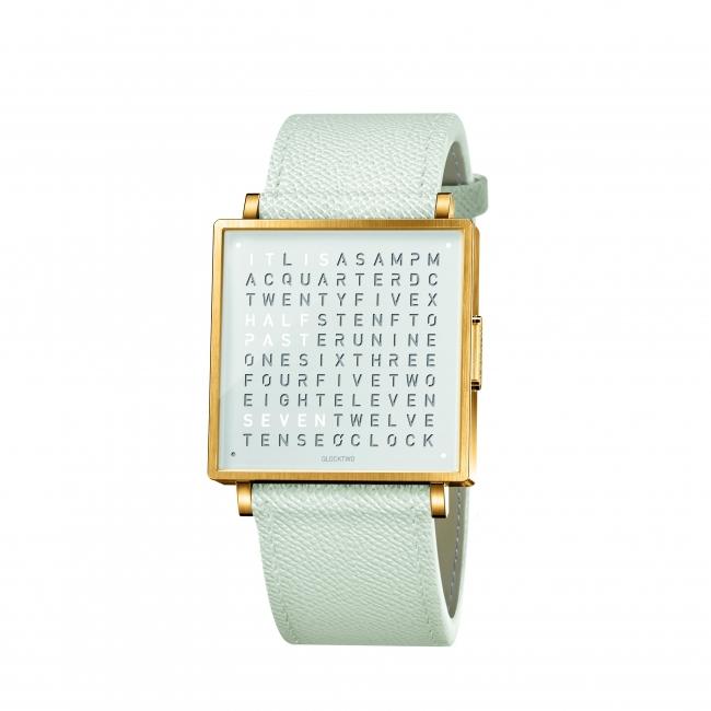 ゴールドホワイト レザー レザー 本体価格107,000円