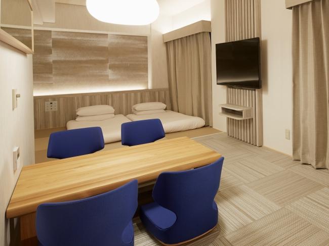 床暖房付き堀座卓のあるリビングスペース