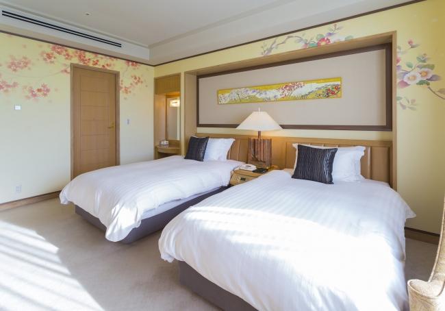 Suite Room 四季「MIYABI」 ベッドルーム ~秋・冬~ 紅葉、  椿