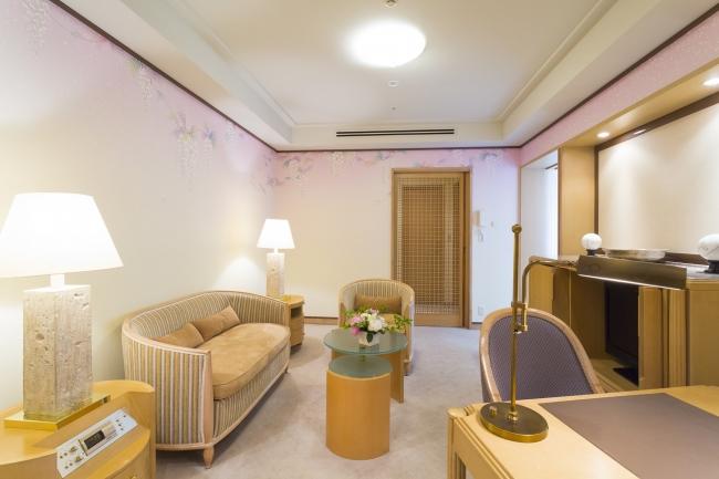 Suite Room 四季「MIYABI」 リビングルーム ~夏~ 藤