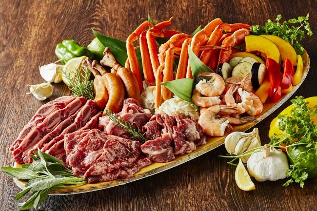 ディナーはセルフサービスで食べ放題 ランチは盛り合わせでご提供して食べ放題