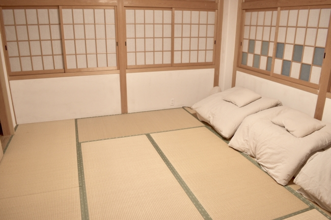 2F 宿泊スペース