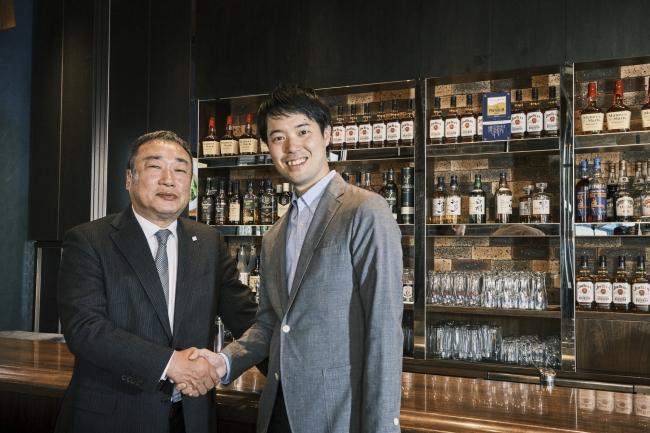 プロントコーポレーション代表取締役社長 竹村典彦氏と、ベースフード橋本代表