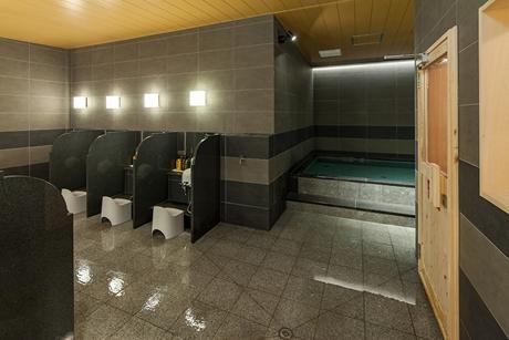 サウナ付き男性用大浴場は朝の10時まで利用可