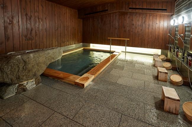温泉や食事を楽しみ、身体を外・内の両方から癒すことも目的の一つとしています。