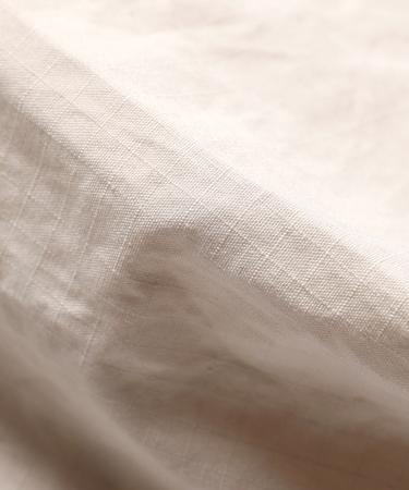 素材はコットン100%。オーガニックな素材を使うと同時に素材の最大限の堅牢度を引き出すリップストップナイロンを採用。使い込んだ風合いも◎