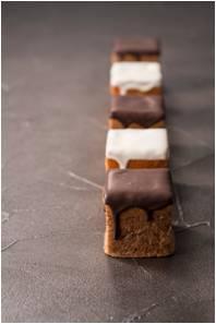 チョコレート シュークリーム