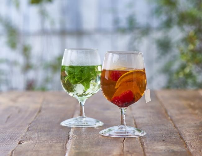 ワイングラスでお茶を愉しむ!