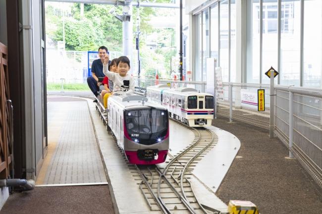 ≪ミニ電車(5000系)≫
