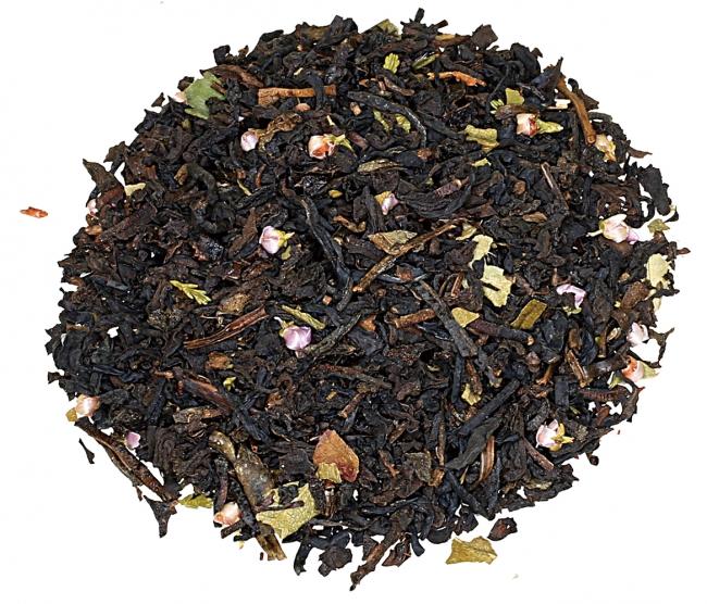 茶葉にはストロベリーリーフ、ヒースフラワーがブレンド
