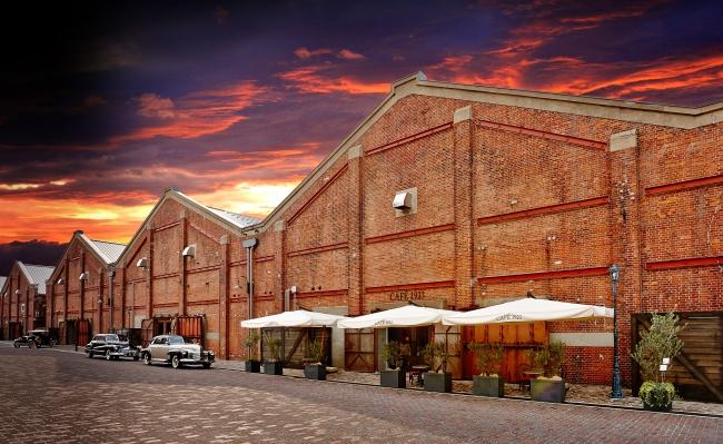 1923年に建てられた赤レンガ倉庫をリノベーションし、昨年6月にOPEN。