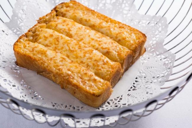 GLION特製チーズブレッド