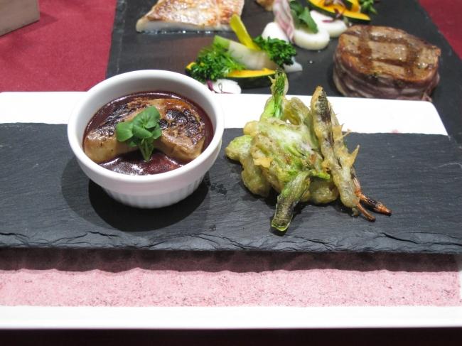 フォアグラを使った茶碗蒸し&春の山菜ベニエ