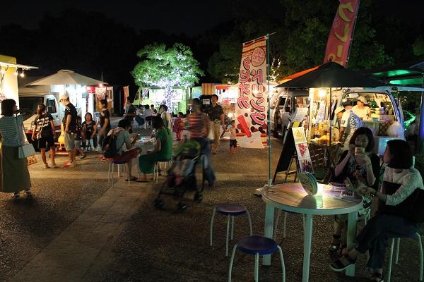夏の夜空のレストラン(イメージ)