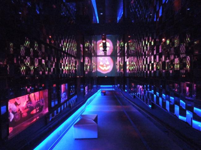 ハロウィンバージョンの万華鏡トンネル