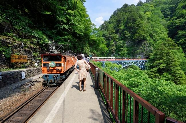 黒部峡谷鉄道トロッコ電車(イメージ)