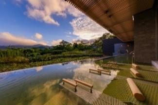 四季の露天風呂棚湯 芦ノ湖ビュー