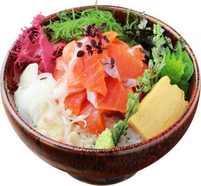信州サーモン丼(長野) 880円→440円