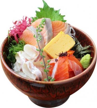 サーモン三種食べ比べ丼 1,480円→740円