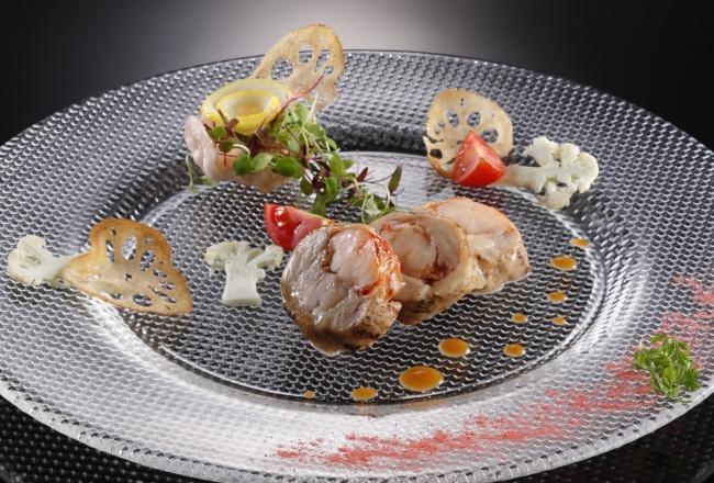 レストラン&ラウンジ「eu(ゆう)」オマール海老と鶏肉のバロティーヌ サラダ仕立て