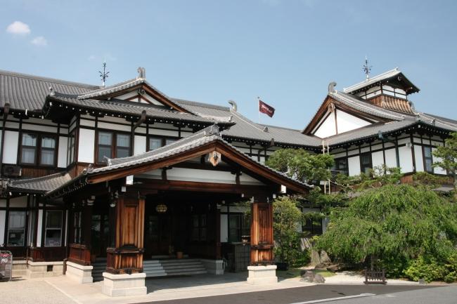 奈良ホテル外観