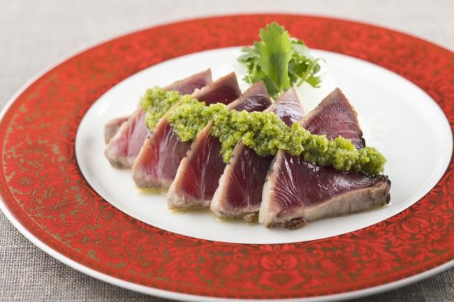 シェラトン都ホテル東京「中国料理 四川」カツオのグリーンソースかけ