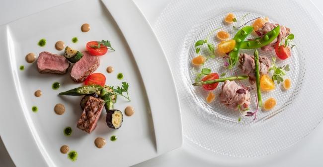 (写真左)仔羊背肉のグリエ アンチョビの香り (写真右)和牛リブロース肉の冷しゃぶ仕立て