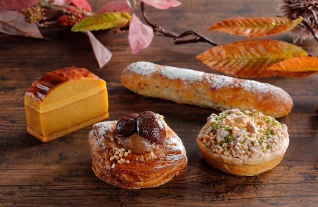 (写真左から)スイートポテト、渋皮マロンデニッシュ、五穀あんこ棒、アップルパイ