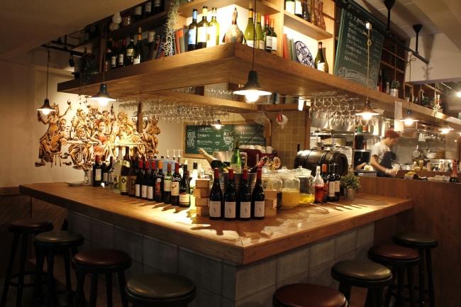 ワイン酒場 GabuLicious 仙台店1階