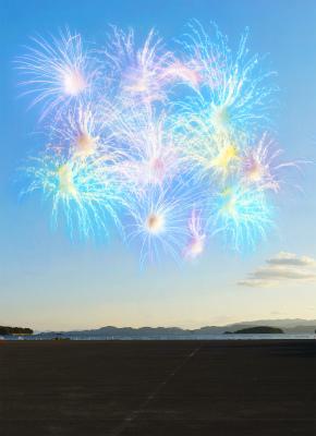 今年は昼から開催!寝転がって鑑賞 OK! 西日本最大級 20,000 発の「春の九州一花火大会」