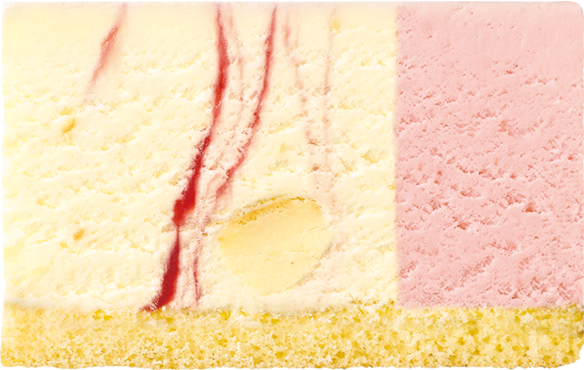 ストロベリーチーズケーキ+ストロベリー(ホワイトスポンジ)