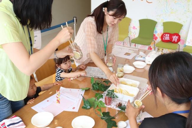 5月に千葉県柏市で開催された「温育ママカフェ」の様子