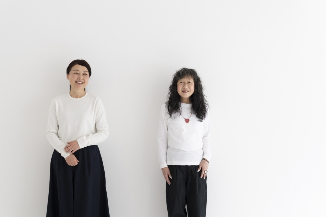 久文麻未さん(右)と三代朝美さん(左)