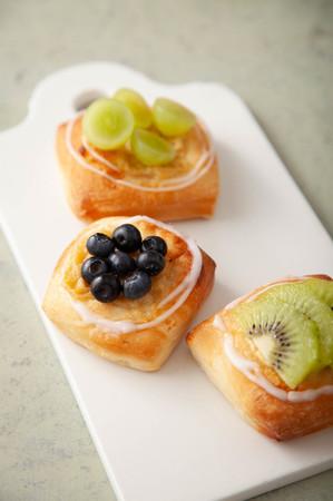 季節の果物のデニッシュ
