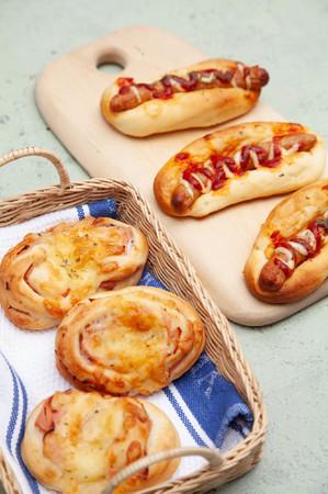 ウインナパンとハムチーズパン