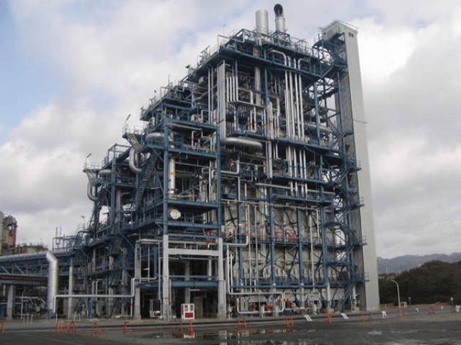 建設予定の分解炉と同型の高効率ナフサ分解炉