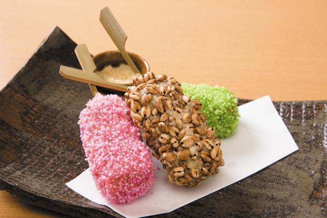 6階 泡盛と琉球料理 うりずん 春を迎えるラフテー三色揚げ 930円(税込)