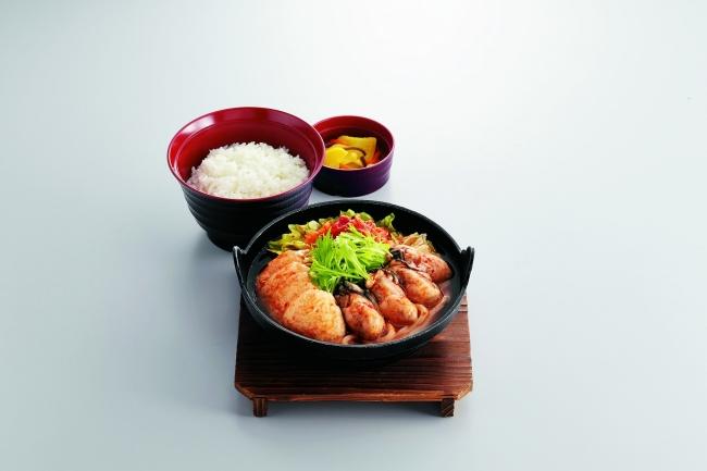 蒸しかきの味噌チゲ定食 ¥899(税込¥988)〈単品〉¥799(税込¥878)