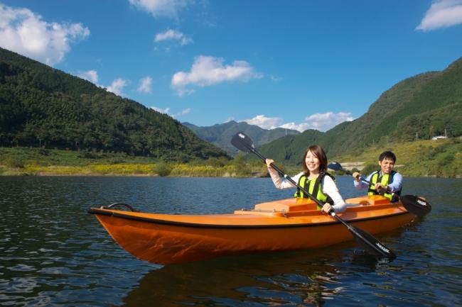 奥津湖カヌー体験