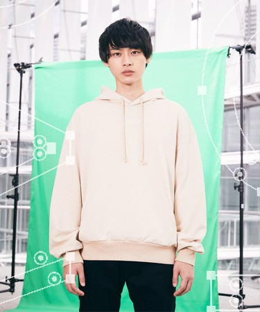 01 Natural Hoodie(Size:S, L) 8,500円(税抜)