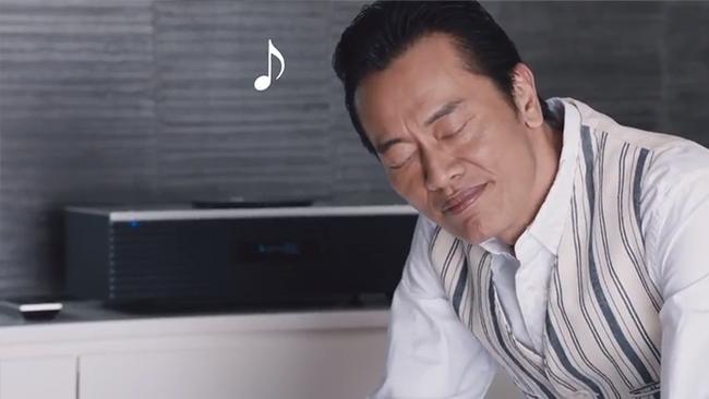 思わずウットリ聴き入る遠藤さん【テクニクスC70、オールインワン篇】